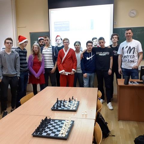 Więcej o: II Świąteczny Turniej Szachowy